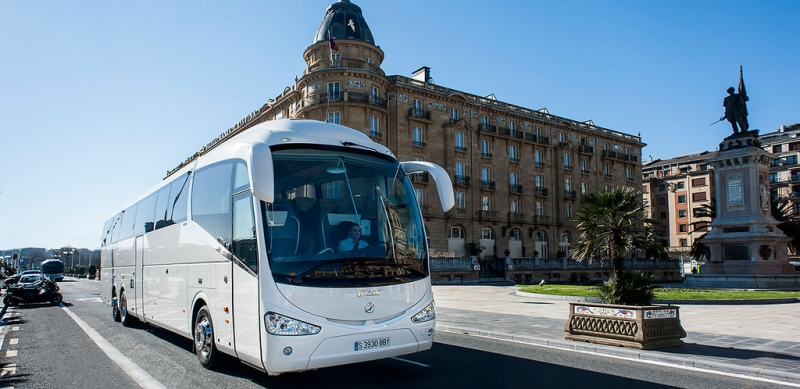 Cairns Luxury Coaches
