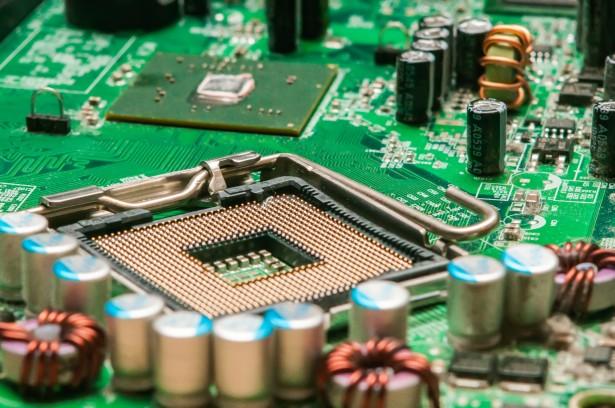 Prerequisite Compliance | EMC Bayswater